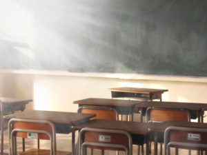 教室 黒板 机