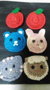 かぎ針編みの動物のマグネット