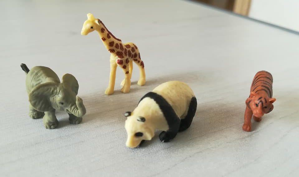 動物のミニフィギュア