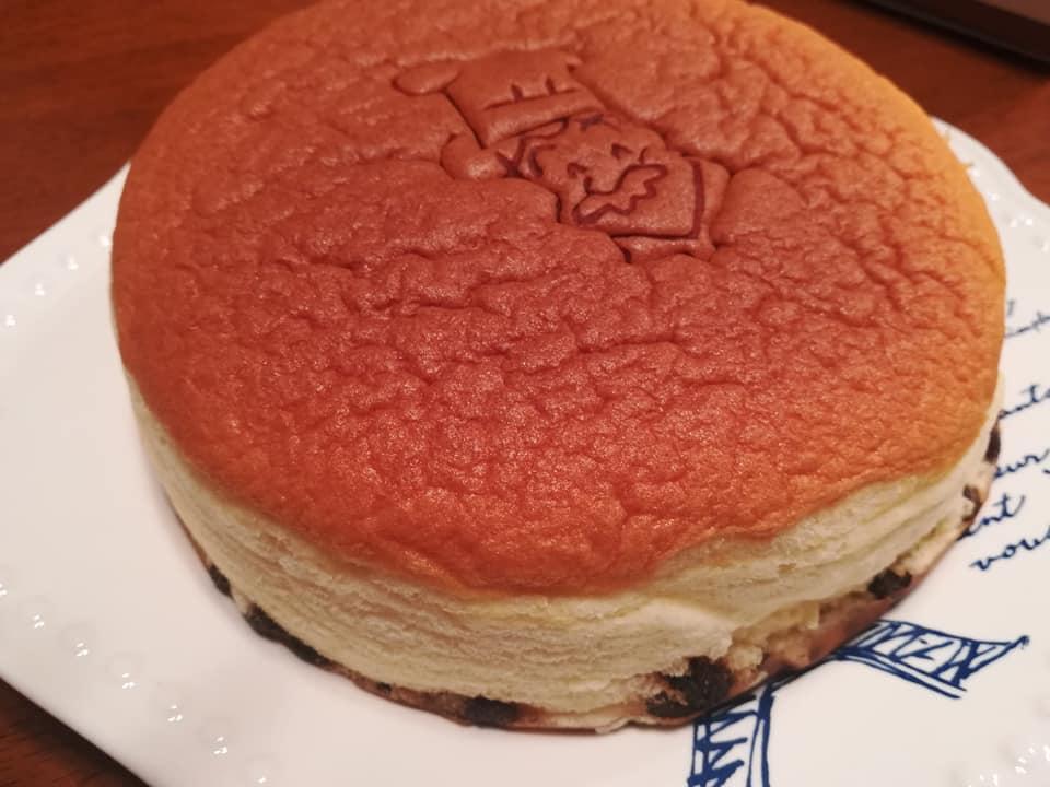 りくろーおじさんのチーズケーキ