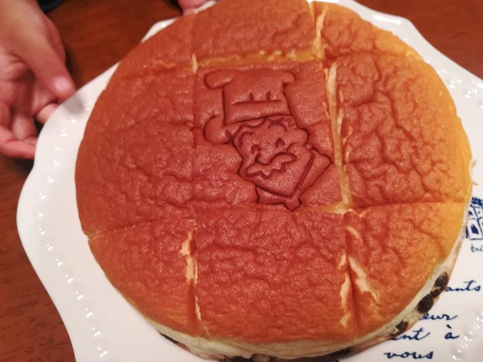 りくろーおじさんのケーキ