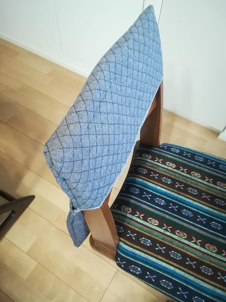 いすの背もたれ収納