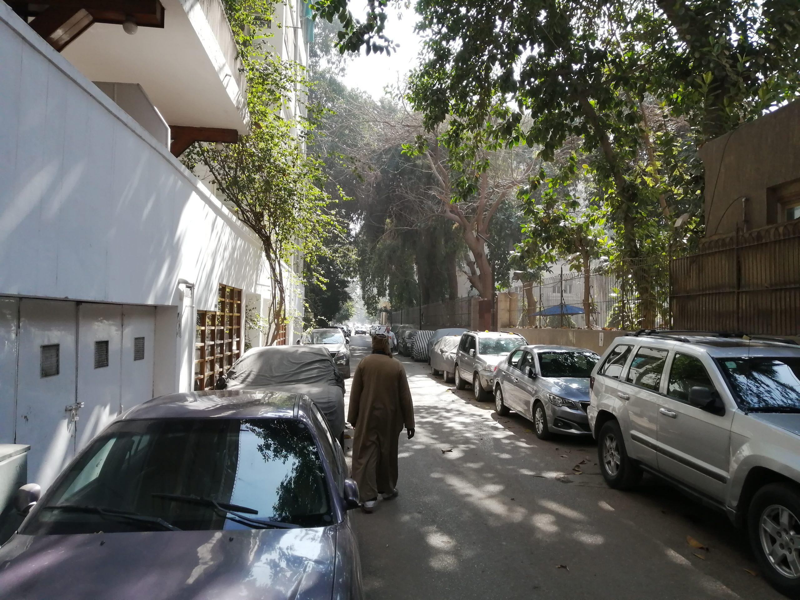 エジプトの両側駐車