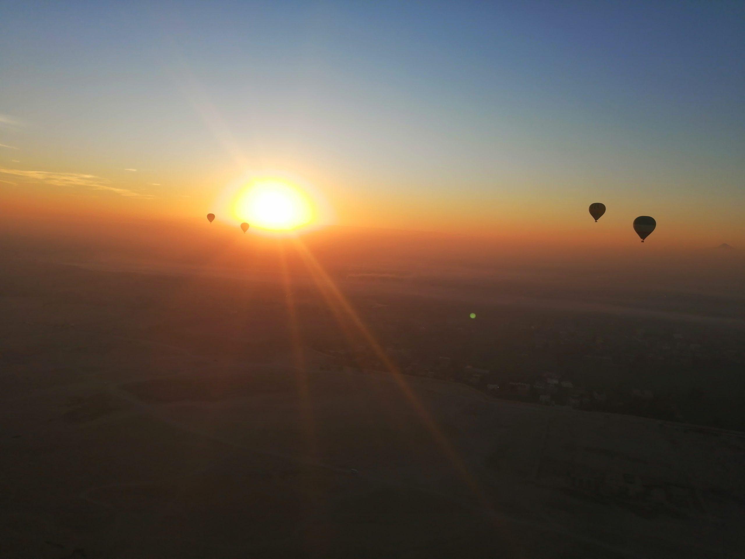 エジプトの朝日