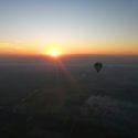 ルクソールの気球と朝日